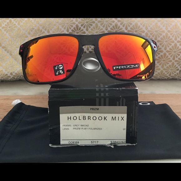 86c72602c61 Oakley Holbrook Mix Prizm Polarized